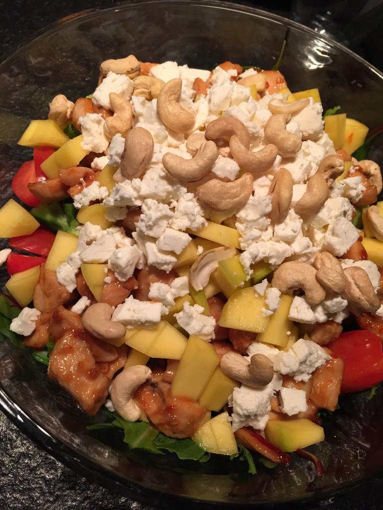 Kyllingesalat med mango avocado og feta