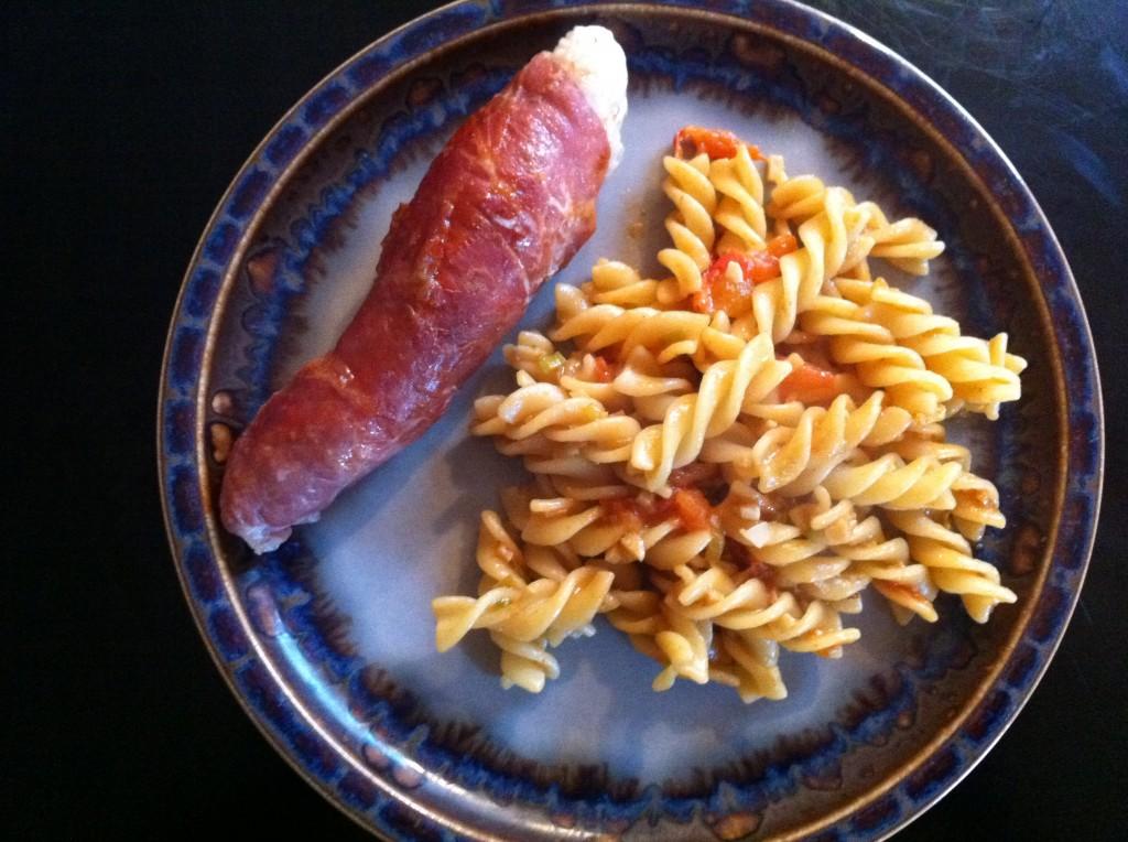 Kalkun ruller med fyld og pasta